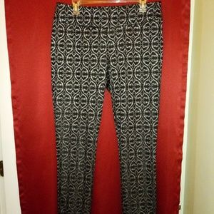 7th Avenue black / grey fitted pants
